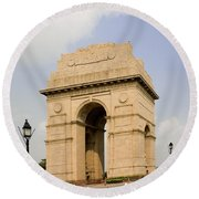 India Gate, New Delhi, India Round Beach Towel