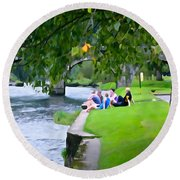Inistioge Friends Round Beach Towel