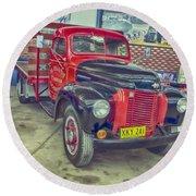 International Vintage Truck Round Beach Towel