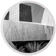 Intersection 2 Bw Las Vegas Round Beach Towel