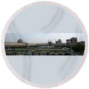 Iran Isfahan Landmarks Round Beach Towel