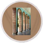Iran Saadi Monument Shiraz Round Beach Towel