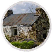 Irish Cottage Ruins Round Beach Towel