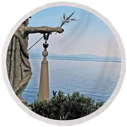Isola Bella Lookout Round Beach Towel