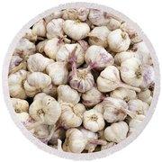 Italian Garlic Bulbs Round Beach Towel