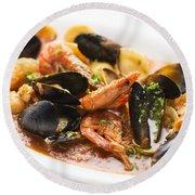 Italian Seafood Stew Round Beach Towel