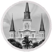 Jackson Square In Black And White Round Beach Towel