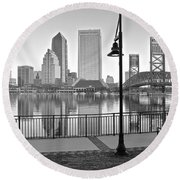 Jacksonville Black And White Ay Round Beach Towel