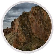 Jagged Peaks At Smith Rock Round Beach Towel