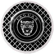 Jaguar Grille Emblem -0317bw Round Beach Towel