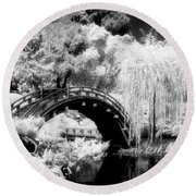 Japanese Gardens And Bridge Round Beach Towel