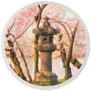Japanese Stone Lantern Round Beach Towel
