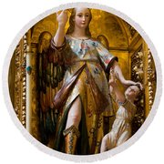 Jesus And Angel Sculptures In Mezquita Round Beach Towel