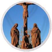 Jesus On The Cross Round Beach Towel