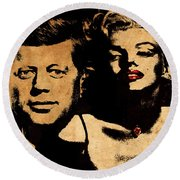 Jfk And Marilyn Round Beach Towel