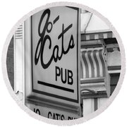 Jo Cats Pub Round Beach Towel