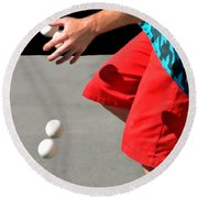 Juggler Round Beach Towel