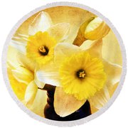 Just Plain Daffy 1 - Flora - Spring - Daffodil - Narcissus - Jonquil Round Beach Towel