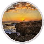 Kaena Point Sunset Round Beach Towel
