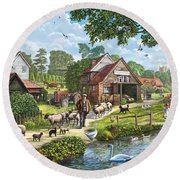 Kentish Farmer Round Beach Towel