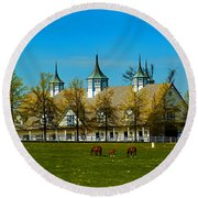 Kentucky Horse Barn Hotel Round Beach Towel