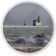 Kewaunee Lighthouse In Winter Round Beach Towel