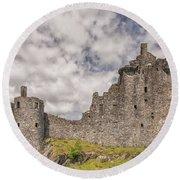 Kilchurn Castle 02 Round Beach Towel