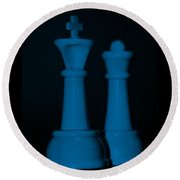 King And Queen In Blue Round Beach Towel by Rob Hans