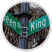 King And Queen Street Round Beach Towel