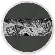 Kiss Me Hot Stuf In Black And White Round Beach Towel