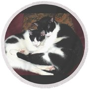 Kitty Love Round Beach Towel