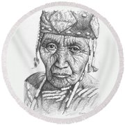 Klamath Woman Round Beach Towel