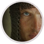 Knight In Chainmail Portrait Round Beach Towel