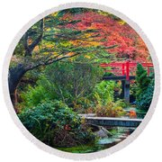 Kubota Gardens In Autumn Round Beach Towel