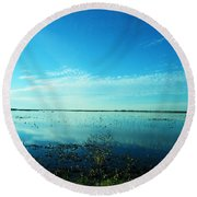 Lacassine Nwr Pool Blue And Green Round Beach Towel