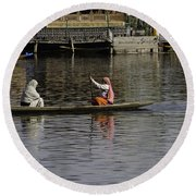 Ladies Plying A Small Boat In The Dal Lake In Srinagar - In Fron Round Beach Towel