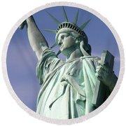 Lady Liberty 01 Round Beach Towel