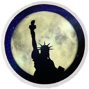 Lady Liberty Nyc - Featured In Comfortable Art Group Round Beach Towel