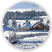 Lake House In Snow Round Beach Towel