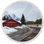 Lake Louise Depot Round Beach Towel