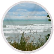 Lake Michigan In Racine Round Beach Towel