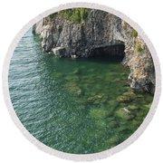 Lake Superior Cliff Scene 7 Round Beach Towel