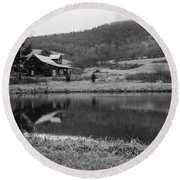 Lakeside Cabin Round Beach Towel