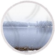 Lakeside In The Winter Snow Round Beach Towel
