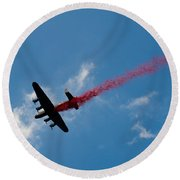 Lancaster Bomber Drops Poppies Over London Round Beach Towel