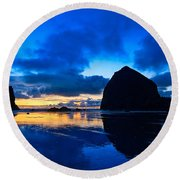Last Light - Cannon Beach Sunset With Reflection In Oregon The Coast Round Beach Towel