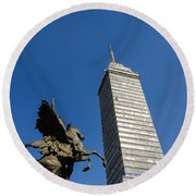 Latin American Tower And Statue Round Beach Towel