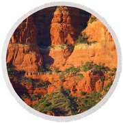 Layers Of Red Rock Round Beach Towel
