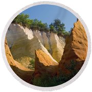 le Colorado Ochre  Round Beach Towel