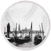 Le Gondole - Venice Round Beach Towel